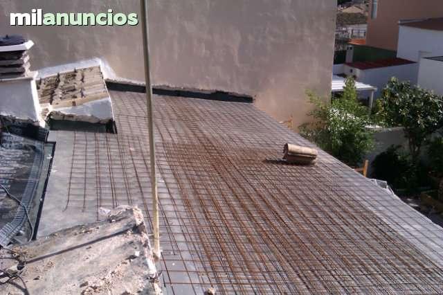 REFORMA DE TEJADOS Y FACHADAS - foto 2