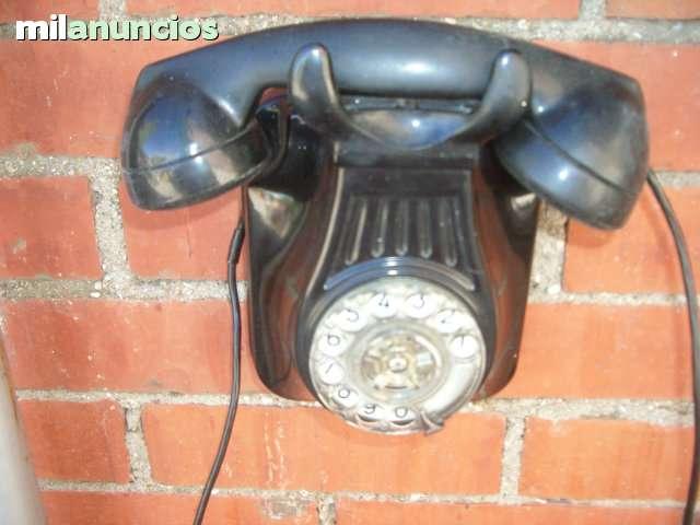 TELEFONO EN COLOR NEGRO