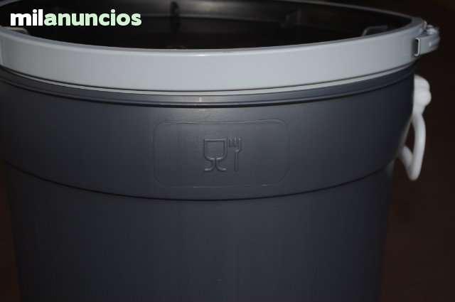 BIDONES USO ALIMENTARIO 50 LITROS 22 € - foto 2