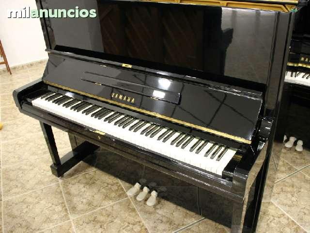 VENDO PIANO YAMAHA UX - foto 1