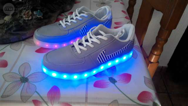 zapatillas con luces nike