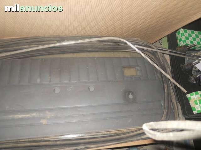RENAULT 5 TAPIZADO DE PUERTA - foto 1