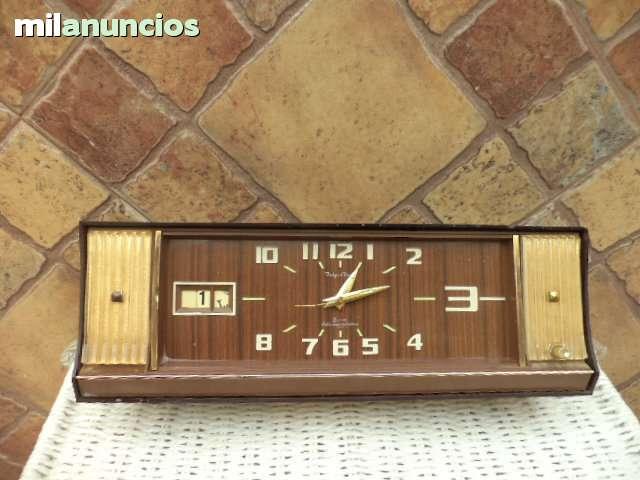 Reloj Despertador Musical Tokyo Clock O