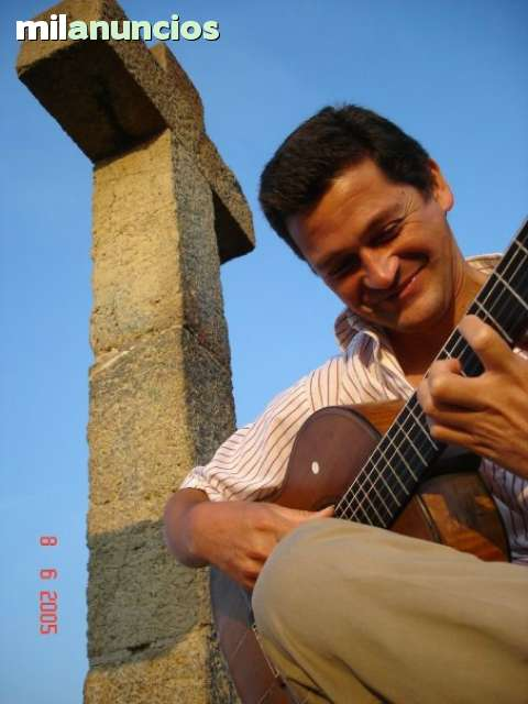 CLASES DE GUITARRA Y CANTO - foto 1