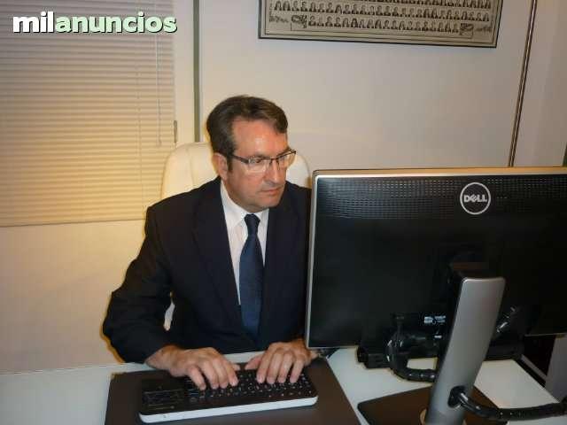 ABOGADO ICAV Y PERITO MERCANTIL - foto 1