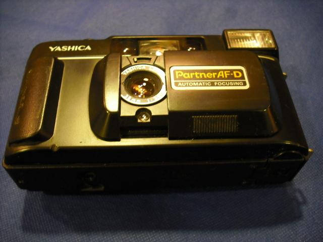 YASHICA AF J 2 Y PARTNER DATA ANALOGICAS - foto 3