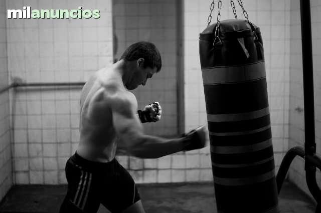 HUGO MAÑEZ - BOOK FOTOGRÁFICO - foto 8