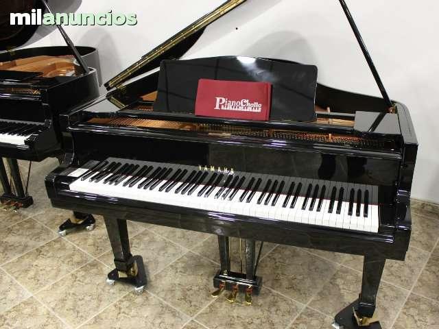 VENDO PIANO COLA YAMAHA G2 RESTAURADO.  - foto 1