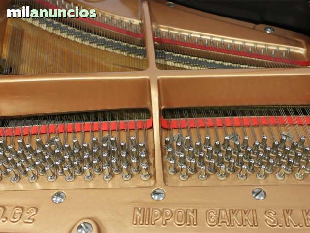 VENDO PIANO COLA YAMAHA G2 RESTAURADO.  - foto 5
