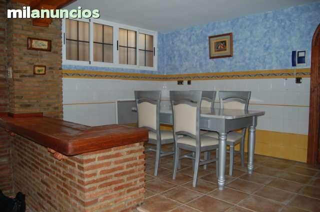 CHALET EN SALOBREÑA - foto 4