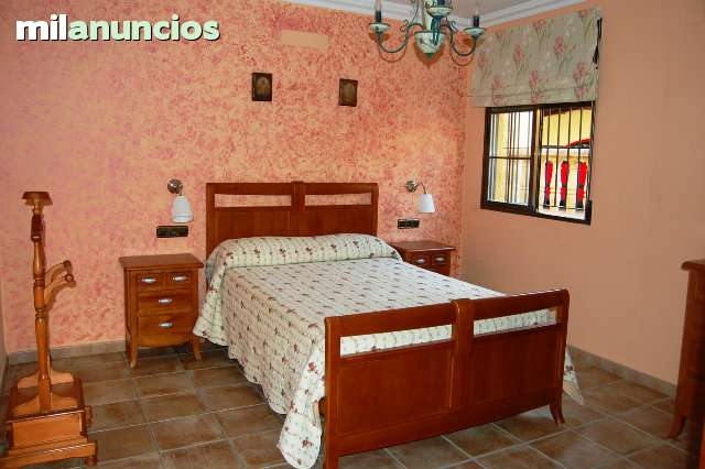 CHALET EN SALOBREÑA - foto 6