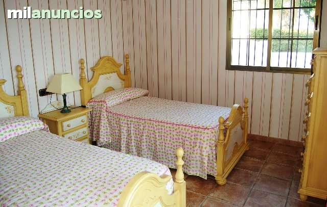 CHALET EN SALOBREÑA - foto 7