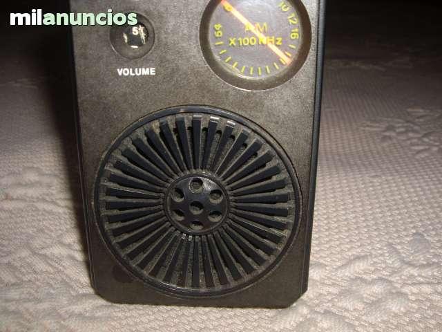 VENDO RADIO TRANSISTORES AÑOS 60 - foto 1