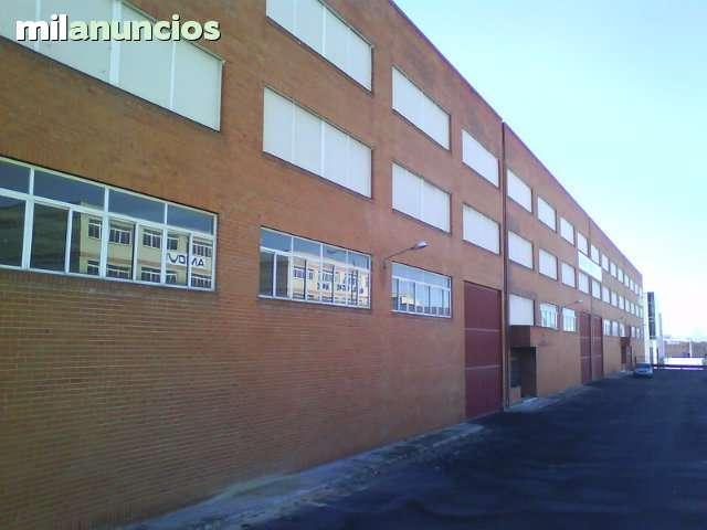 VENTA O ALQUILER EDIFICIO COMERCIAL - foto 1