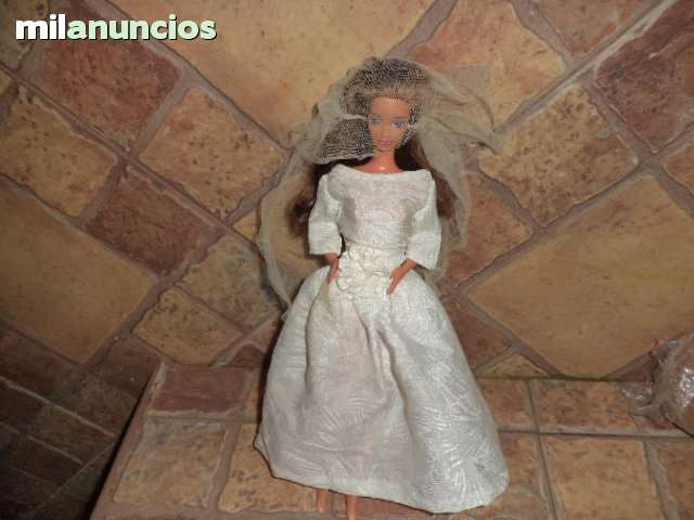 MUÑECA BARBIE LAURA DE SPAIN O CONGOST V