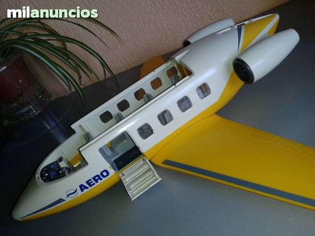 AVION JET AMARILLO PLAYMOBIL RF3185 - foto 2