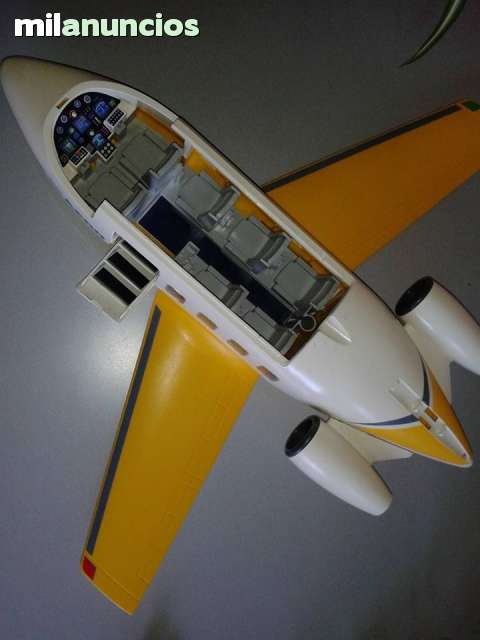 AVION JET AMARILLO PLAYMOBIL RF3185 - foto 1