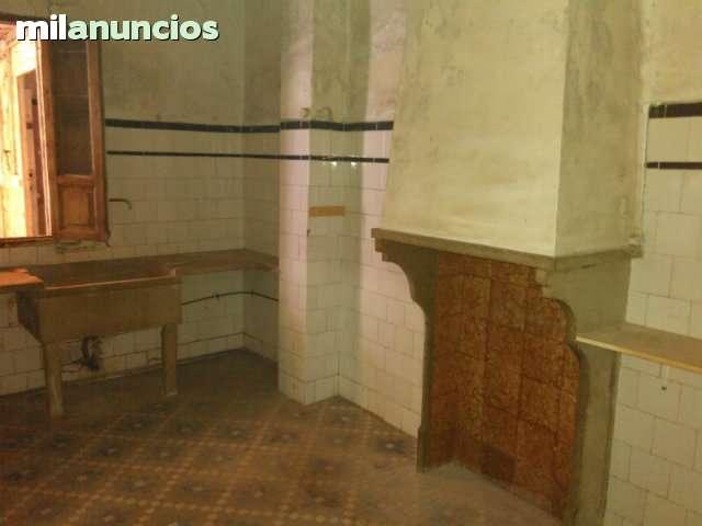 VENTA DE ESTUPENDA CASA PARA REFORMAR - foto 2
