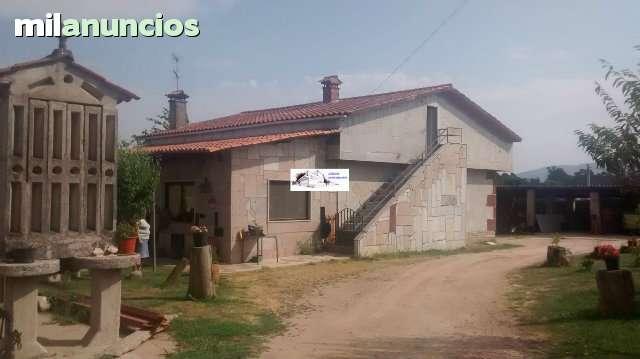 VIVIENDA UNIFAMILIAR CON TERRENO 2200M2 - foto 1