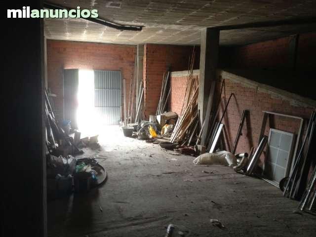 LOCAL EN EL TEMPLE PASEO MARÍTIMO - foto 3