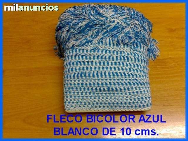 VENDO FLECO BICOLOR EN AZUL-BLANCO