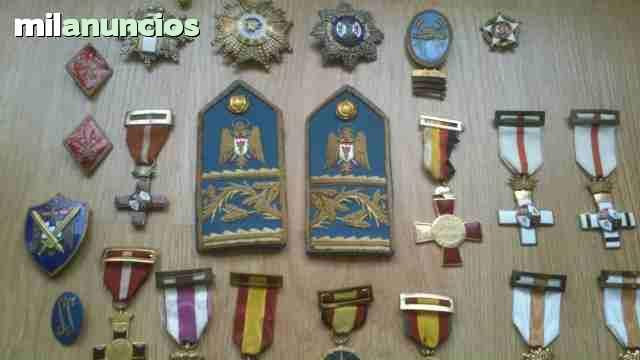 Compro Artículos Militares, Medallas...