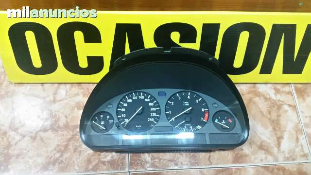 CUADRO RELOJES BMW 325 TDS 62118372354