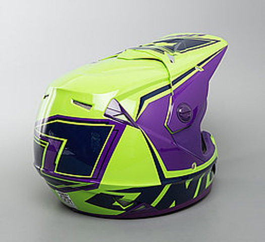 CASCO MOTOCROSS NIÑO ONE
