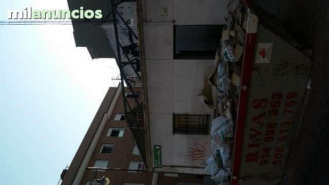 CUADRILLA  DESESCOMBRADO DE PISO - foto 3
