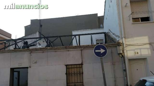 CUADRILLA  DESESCOMBRADO DE PISO - foto 1