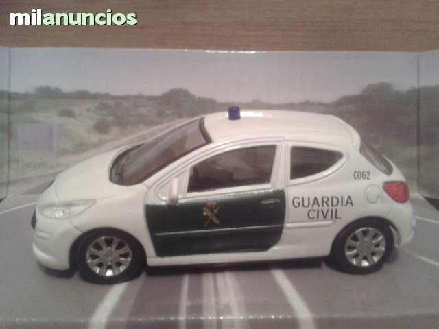 Coche Guardia Civil Peugeot 207 Esc 1:43