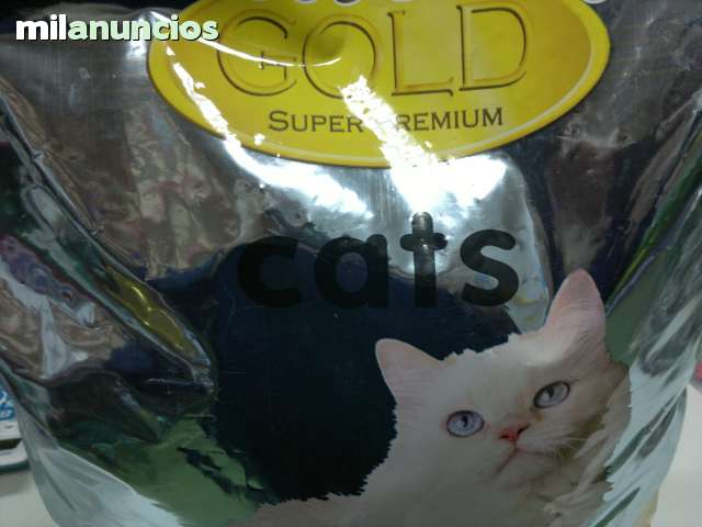 PIENSO SUPERPREMIUM GATOS