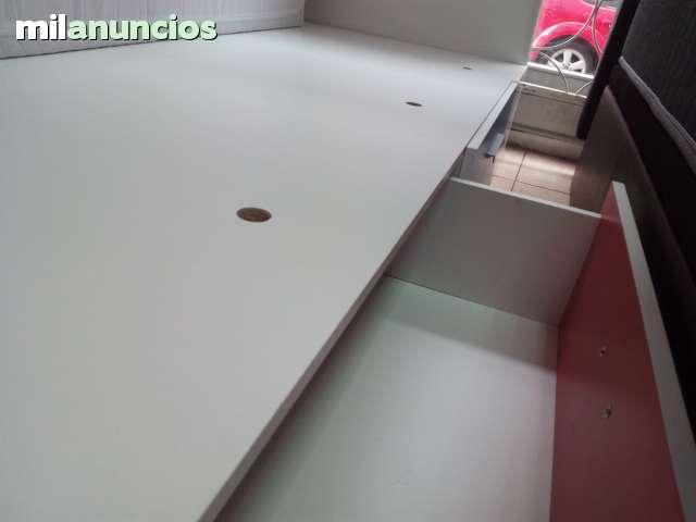 CANAPÉ DE MADERA CON CAJONES - foto 3