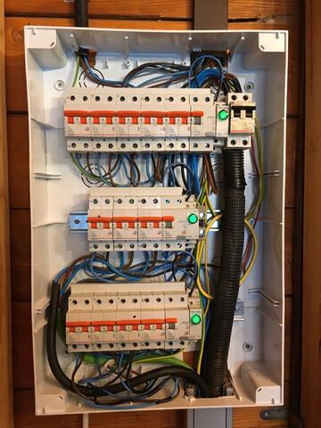 ELECTRICISTA CERTIFICADOS Y BOLETINES - foto 1