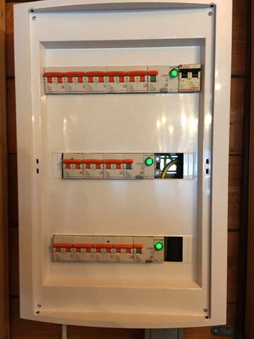 ELECTRICISTA CERTIFICADOS Y BOLETINES - foto 3