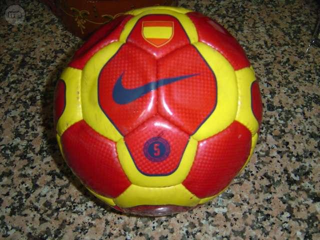 Pack Balón Y Calcetas