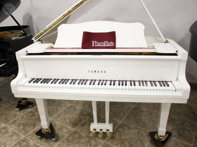 PIANO YAMAHA C3 BLANCO,  RENOVADO.  - foto 1