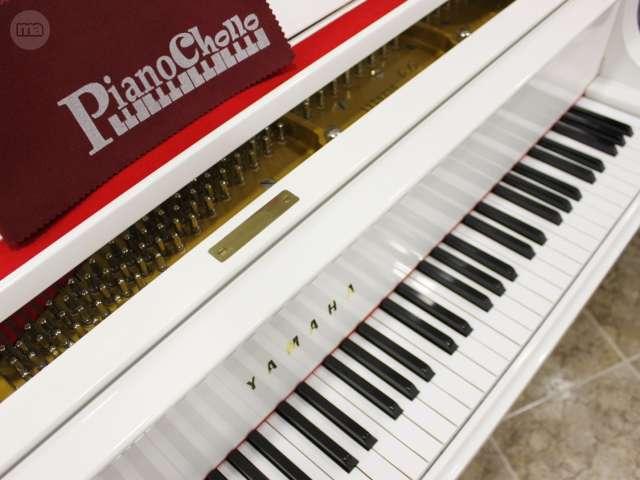 PIANO YAMAHA C3 BLANCO,  RENOVADO.  - foto 2