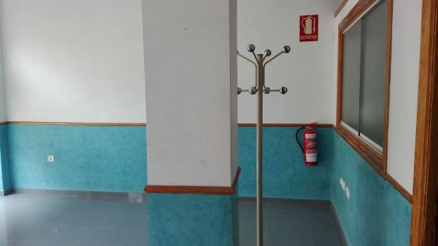 LOCAL TIENDA ,  OFICINA ,  EXPOSICIÓN, ETC - foto 3
