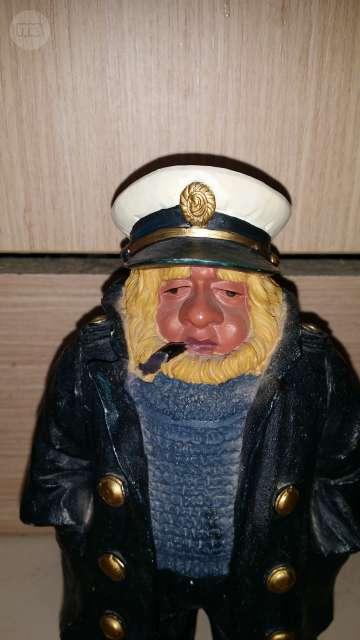 Figura Capitan Barco