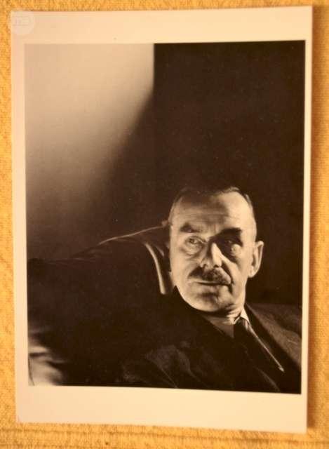 FOTOGRAFÍA DE THOMAS MANN