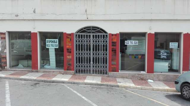 LOCAL FACHADA A CARRETERA !!! - foto 1