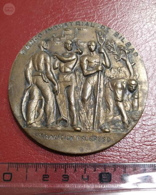 Medalla Banco Industrial De Bilbao 1964