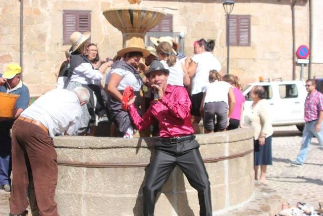 ANIMADOR CANTANTE SHOW EN TODO ESPAÑA - foto 3