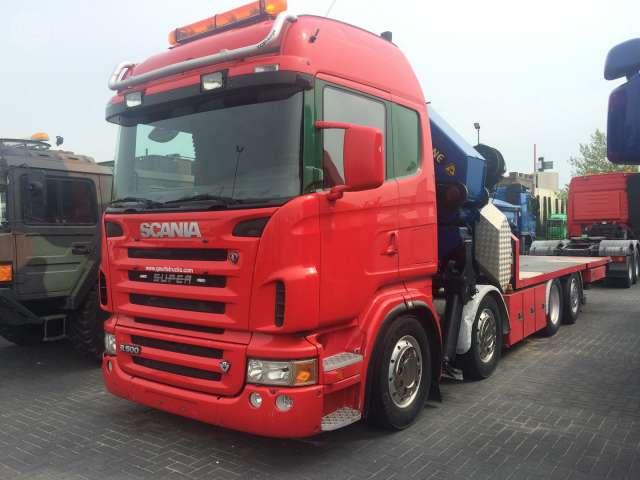 SCANIA - R500 8X2 CAJA Y GRUA 100TN