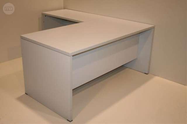 MIL ANUNCIOS.COM - 536. mesa oficina con ala. 160 cm.