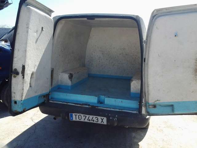 OPEL COMBO  1. 7 ISOTERMO - foto 1