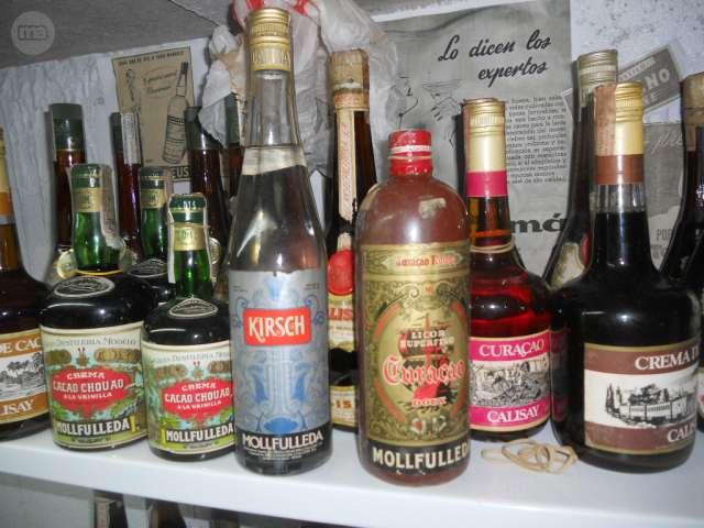 Pago Buen Precio Por Botellas Antiguas