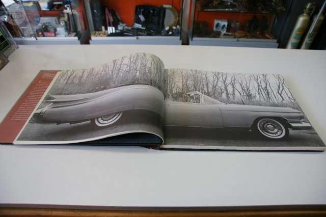 Cadillac Salmieri Libro