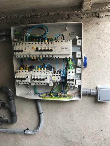 INSTALADOR ELECTRICISTA AUTORIZADO - foto 1